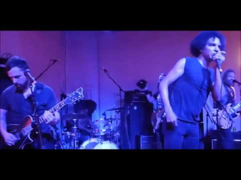 GIRAFFE TONGUE ORCHESTRA U.S. live debut at (SXSW) in Austin Texas - setlist/video released!