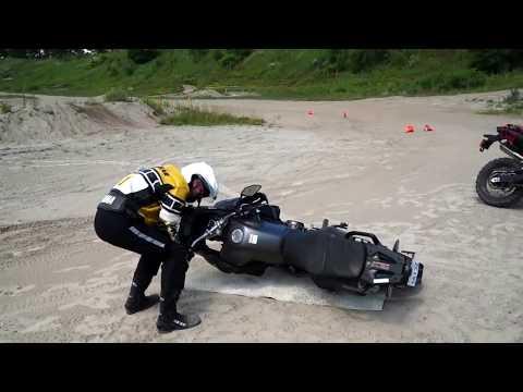 Как поднять мотоцикл с земли