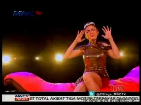 Vicky Shu - Habis Manis Sepah Dibuang @CenterStage MNCTV 23-06-12