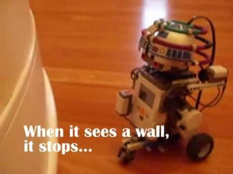 LEGO MINDSTORMS NXT: R2D2 - YouTube