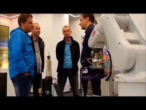 Takmer 200 odborných účastníkov na Dňoch otvorených dverí robotiky ABB