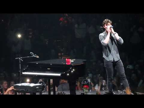 Shawn Mendes - Roses August 16, 2017 Barclays Center
