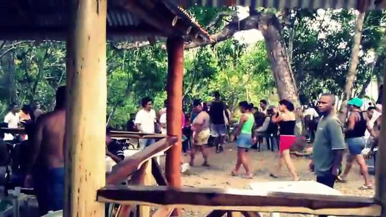 Balneario ecologico la playita de rio boya youtube for Calle alberca 9 boadilla del monte