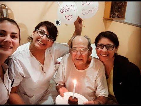 El abuelo que fue al hospital para no pasar su cumpleaños solo