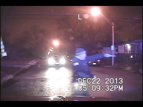 Chicago officer opens fire on youths in car