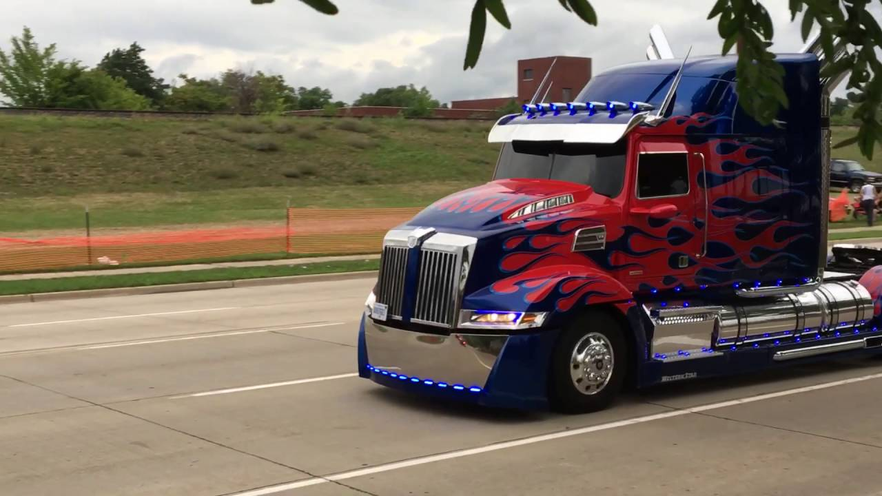 New Transformers Cars At Woodward Dream Cruise 2016 Youtube