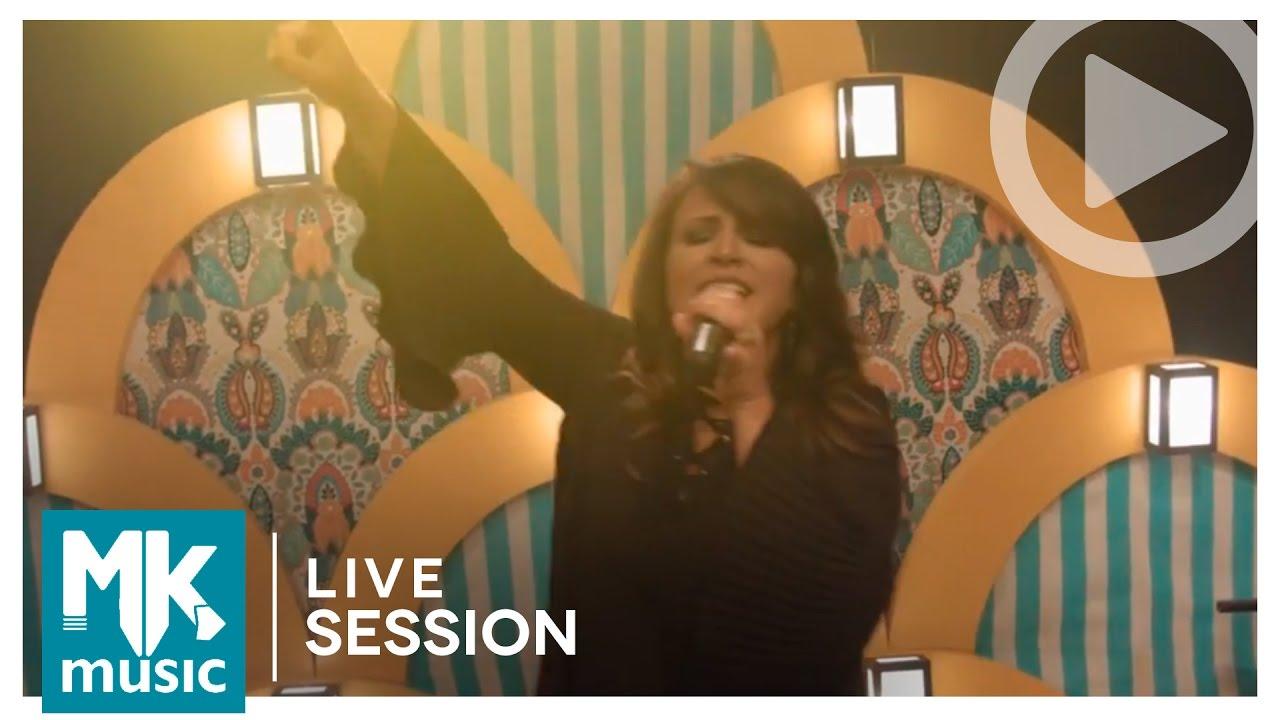 Lilian Azevedo - Deus Faz Tudo Novo (Live Session) Moving Forward