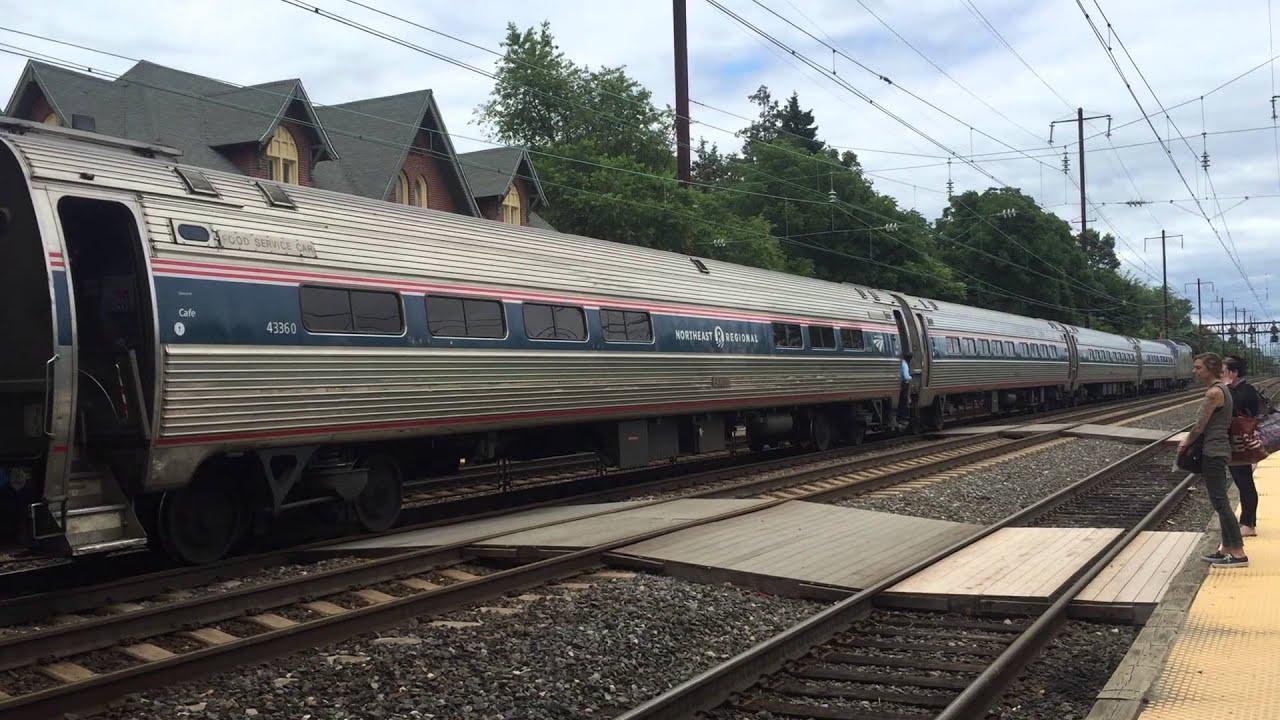 Amtrak Northeast Regional Train 156 pulls in Newark, DE train station