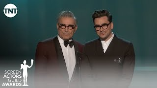 Download Mp3 Eugene And Dan Levy: Opening Monologue | 26th Annual Sag Awards | Tnt