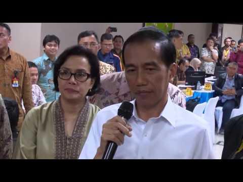 Presiden Joko Widodo Sidak Pelayanan Pengampunan Pajak Hari Terakhir Periode Pertama