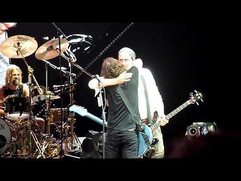 Foo Fighters  Molly's Lips w Krist Novoselic  Safeco Field  Seattle  912018