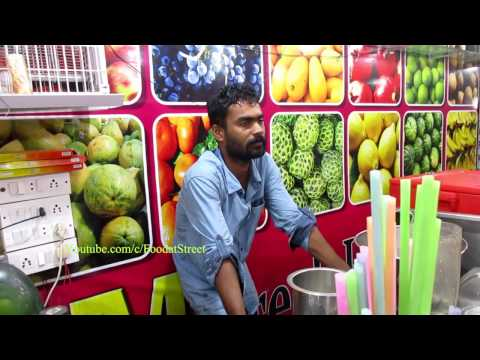 Fruit Juice in Marina Beach - Indian Street Food Chennai - Street Food India || Food at Street