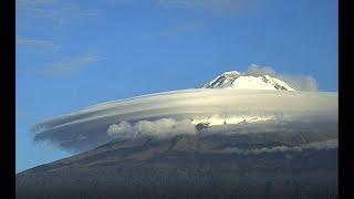 WOW!!! Volcán Popocatépetl con espectaculares nubes lenticulares 26 de junio 2020, 7:20am a 7:50am