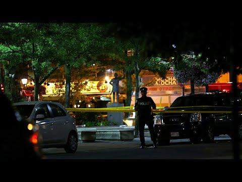 إصابة عشرة أشخاص على الأقل في إطلاق نار في تورونتو  - نشر قبل 5 ساعة
