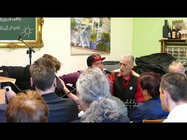 Zwischenlandung - Heuchelei // 1. Community - Ehemalige Heimkinder NRW e.V.