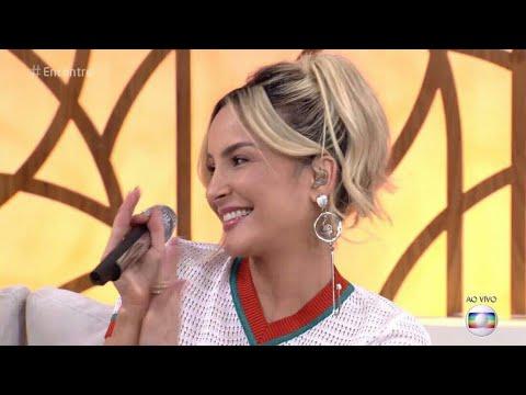 Claudia Leitte canta