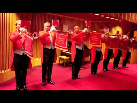 London Fanfare Trumpets  Fanfare For A Dignified Occasion  7 Piece Fanfare Team
