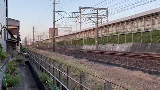 8860レEF65-2096号機牽引+都営三田線6500形6501F 8B。甲種輸送