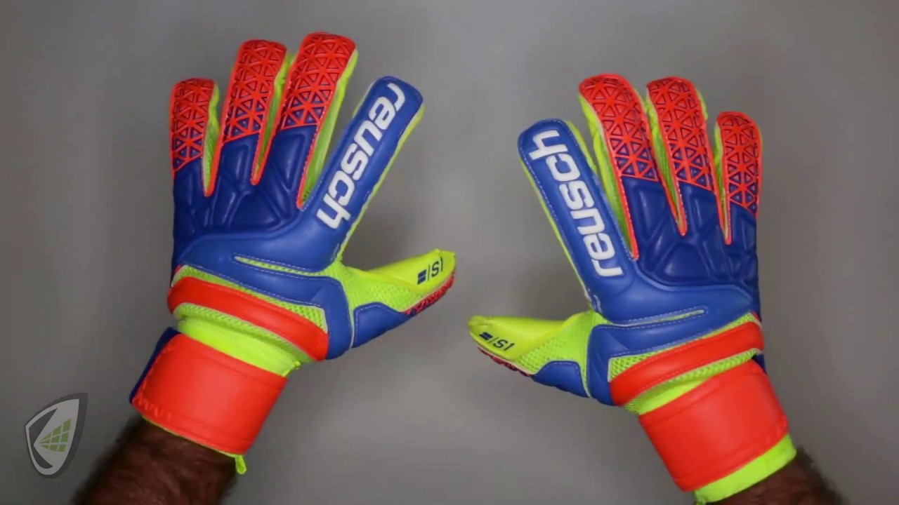 5793fe9448c Reusch Prisma S1 Goalkeeper Glove with Fingersaves Review - YouTube