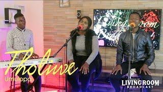Tholiwe Nyirenda - Umulopa ACOUSTIC VERSION via LivingRoom BroadCast   HD 720p