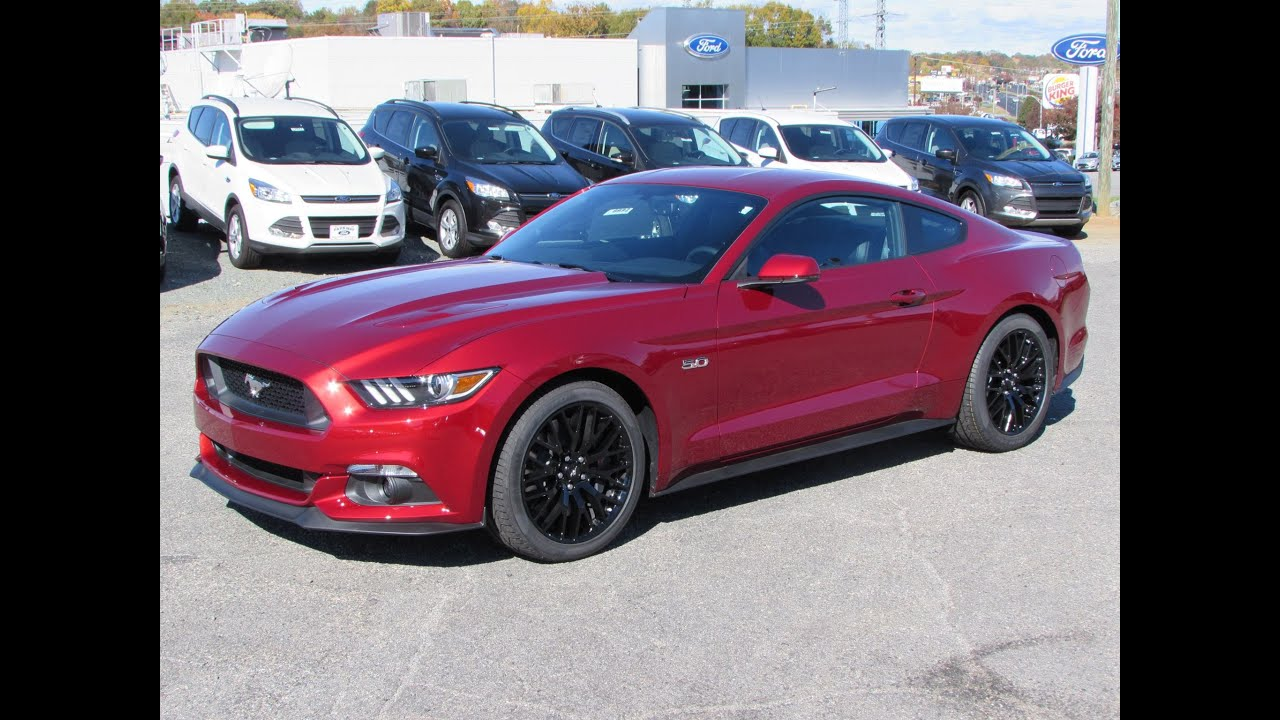2016 Mustang V6 Exhaust >> 2015 Ford Mustang GT & Ecoboost Fastback Start Up, Exhaust ...