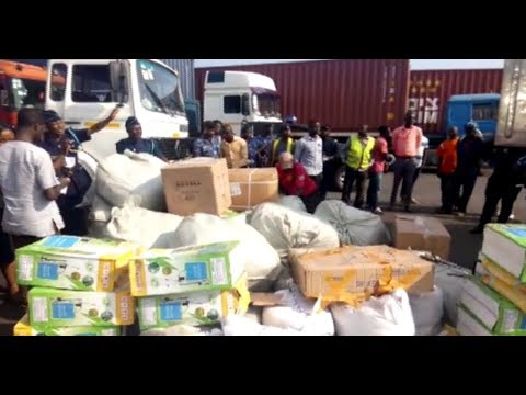 CUSTOMS DIVISION BUST TAX INVADERS AT TEMA PORT....LIVE NEWS ON OCEAN 1TV...(20/09/17)