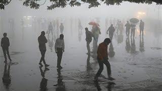 Сильнейшая за 20 лет песчаная буря в Индии: более 100 погибших