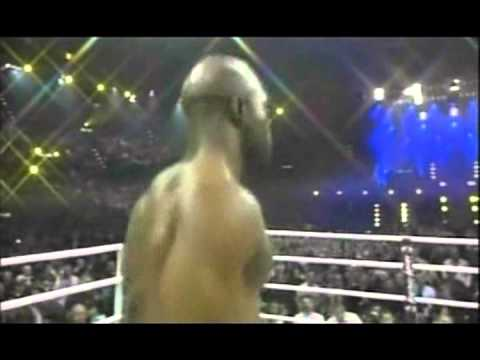 "Evander ""The Real Deal"" Holyfield vs Nikolai ""The Beast"" Valuev - WBA Championship - Part 1/2"