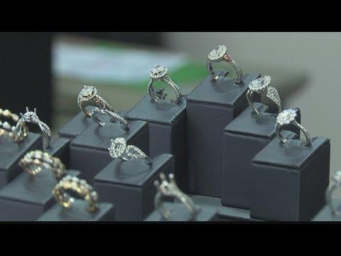 Wedding Week:  Pacific Diamond Wedding Rings. https://pixlypro.com/e9nRpZH