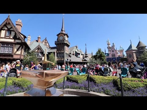 An Unseen Building at Disneyland, & is Peter Pan worth the line?
