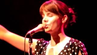 Anna Depenbusch: das Lied vom Kuss
