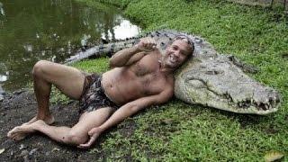 Дружба крокодила с человеком HD