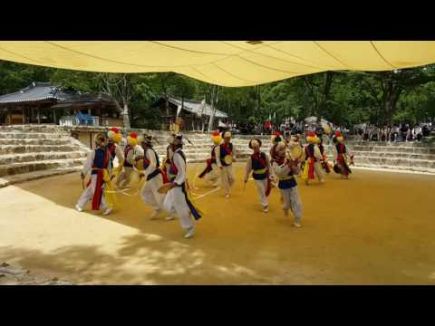 Farmer's Dance at Suwon Korean Folk Village