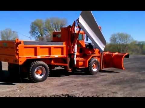 Lot# 299 - 1976 Oshkosh P.K. Plow Truck - YouTube