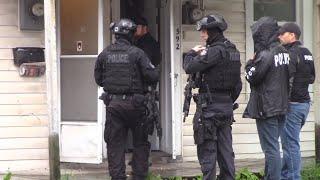 Peterborough Polices Ert Conducted - Mariagegironde