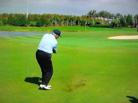"Lee Trevino - The ""Burning Wedge"" at 74 Years Old - Awesome !"