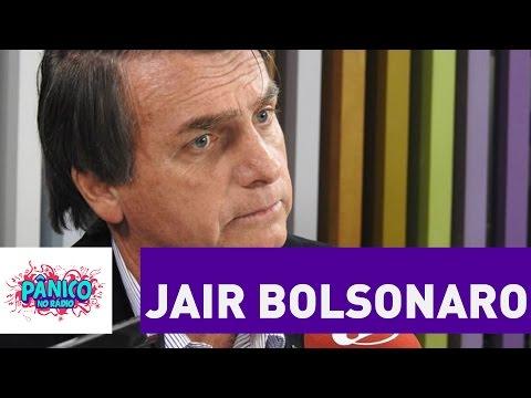 """""""Sou completamente contra"""", diz Bolsonaro sobre política de cotas   Pânico"""