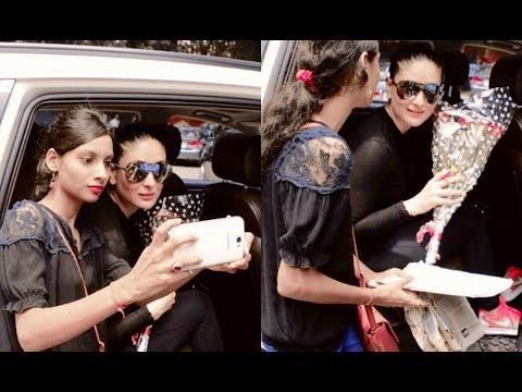 Kareena Kapoor Cute Fan Moment - Takes Selfies