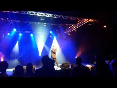 Guy Noël Grondin chanteur :AIME MOI  au Théâtre des sables