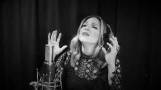 "The Black & White Sessions: Shoshana Bean - ""Sweetest Devotion"""