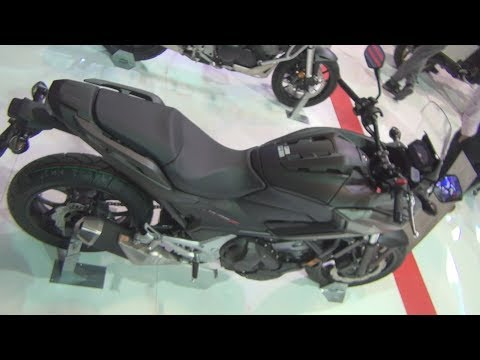 Honda NC750X Black (2019) Exterior and Interior