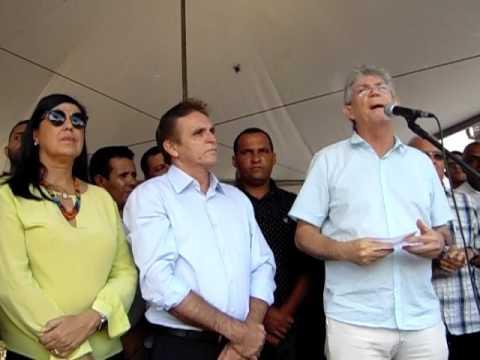 Governador da Paraíba Ricardo Coutinho inaugura a PB030 em Pedras de Fogo-PB
