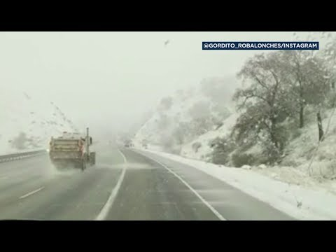 Bootleg Kev & DJ Hed - Snow Closes 5 Freeway at Grapevine