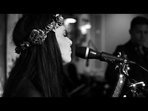 Jazzella -  Issues (Julia Michaels Cover) Live @ The Orient Bar