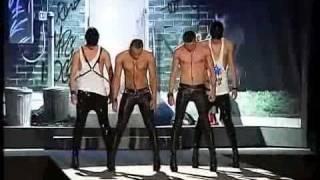 ЭКСКЛЮЗИВ  Как KAZAKY Милан покоряли  примерка с Дином и Дэном и выступление в шоу DSquared2