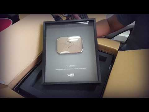 Unboxing The YouTube Silver Play Button @ TV Derana