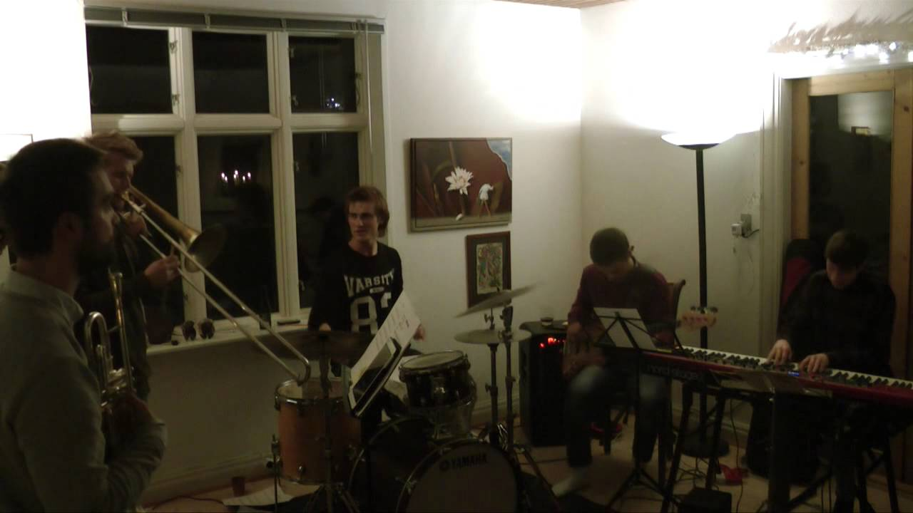 Living room jazz concert in saeby youtube for Living room jazz