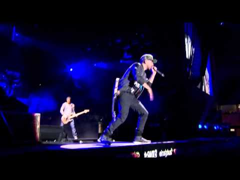 LINKIN PARK - Guilty All The Same & Given Up [MTV World Stage] 2014