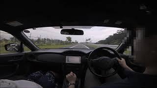 GWの沖縄旅行での一コマです(笑) A型B型?の86は足がバタついているよ...