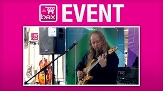Marcel Coenen Instore Gitaardemo - Events(De muziekwinkel van Bax-shop.nl in Goes was zondag 24 november 2013 het decor van een clinic van niemand minder dan sessiegitarist Marcel Coenen, een ..., 2013-11-26T08:55:34.000Z)